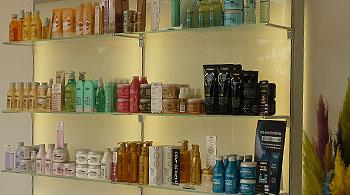 Le salon de coiffure Jacques Duboeuf à Saint Cyr au Mont d'Or est ...